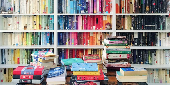 Stacks on Stacks: Our Favorite Bookshelves on Instagram - Penguin Teen