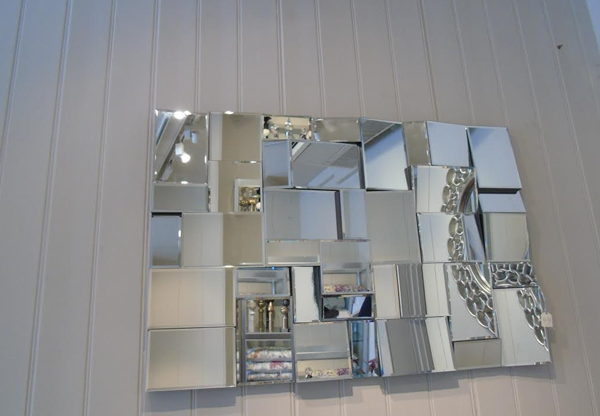Earthquake Designer Mirror |
