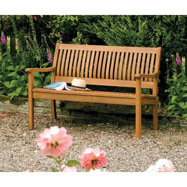 Garden benches – a place to relax