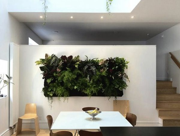 Modern living walls: Look forward to practical sets