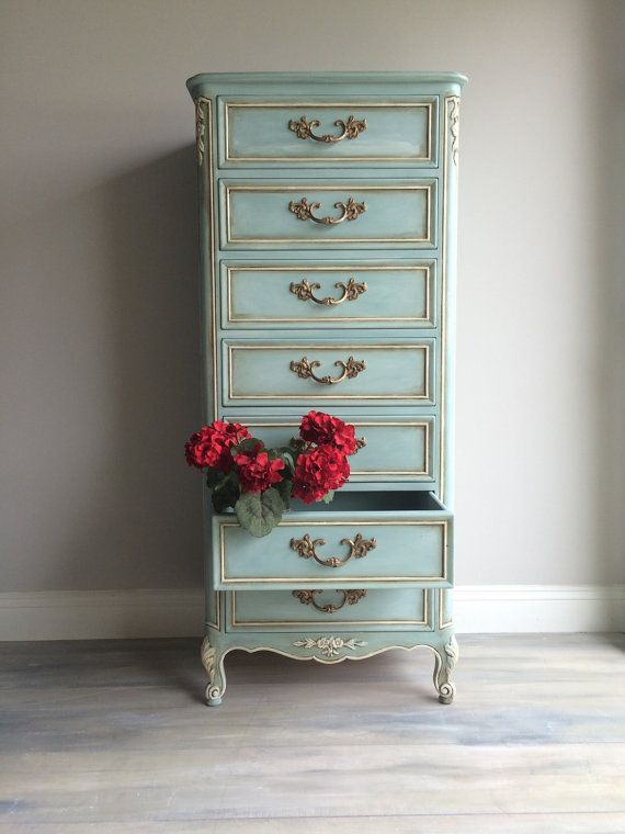Reloved Vintage French Provincial Lingerie Chest