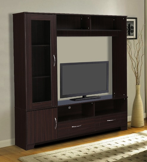 The wall units: Practical and decorative aspects count!