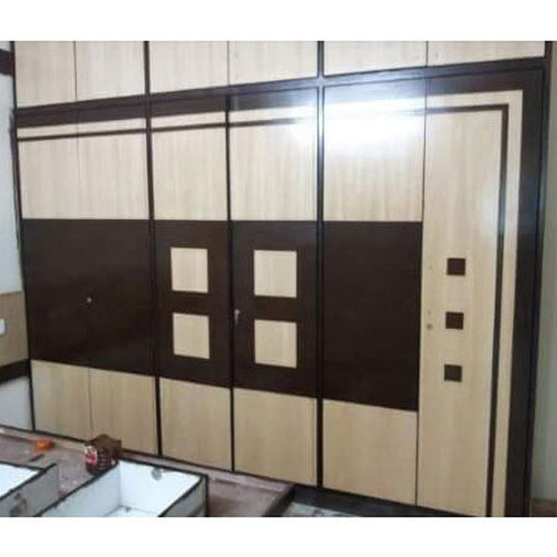 Modern Wall Wardrobe at Rs 2500 /piece | Wardrobes | ID: 13879100248