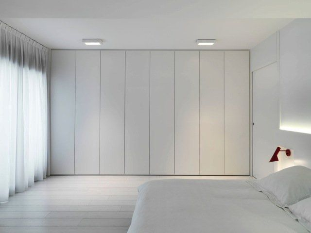 Wall wardrobes as a space-saving alternative