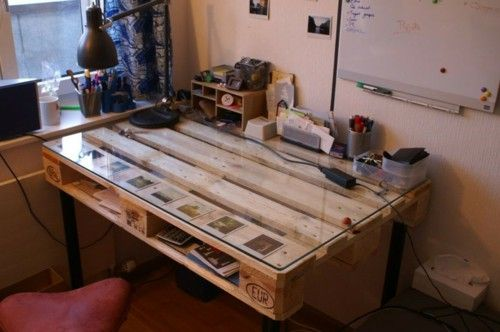 Desk itself building DIY Office euro pallet ideas wooden pallet
