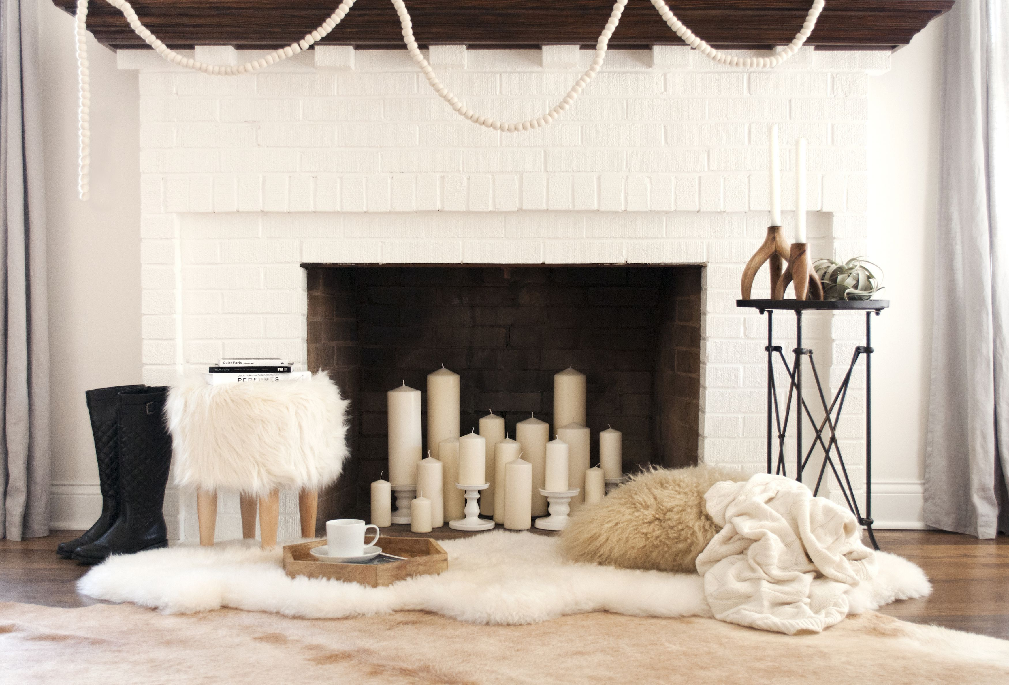 12 Decorating Ideas For Nonworking Fireplace Design - Living Room