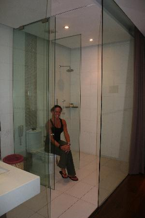 Glass Bathroom - Picture of Hotel Kapok Beijing, Beijing - TripAdvisor
