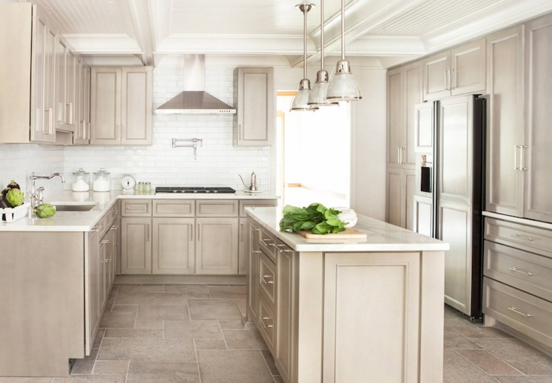 Modern country kitchens – perfect combination of tradition and modernity