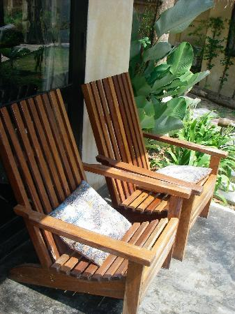 Terrace chairs - Picture of LaLaanta Hideaway Resort, Ko Lanta