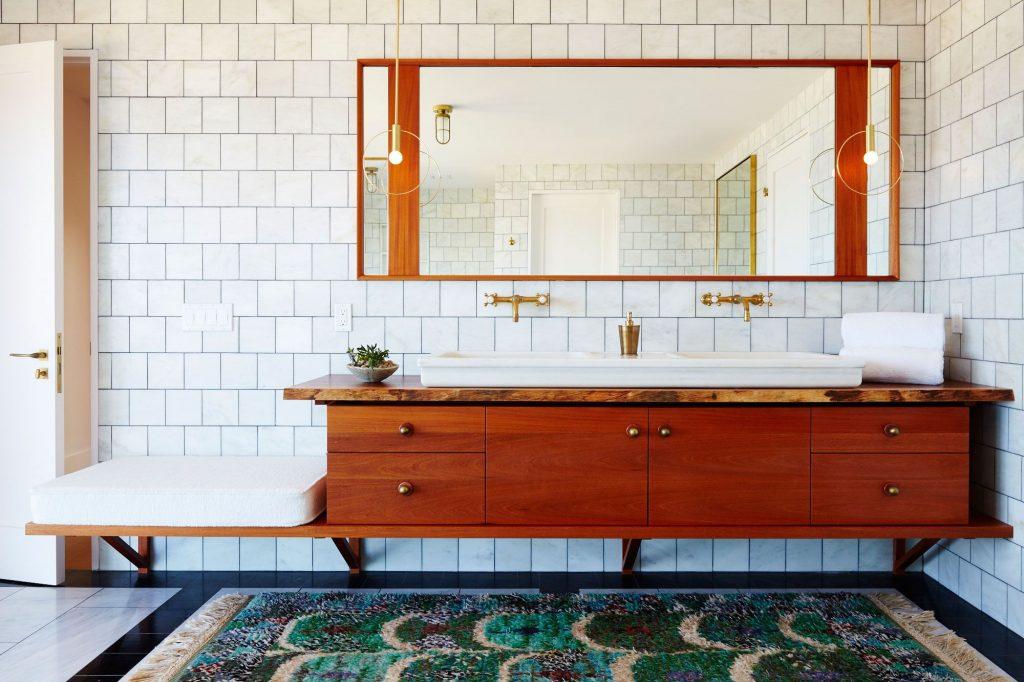 Beautiful Stone Backsplash Bathroom Design Ideas 6