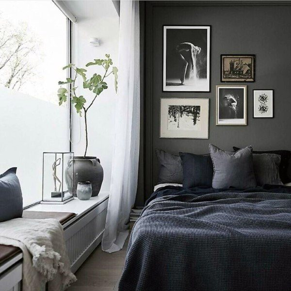 Bedroom Designs With Dark Wall 4