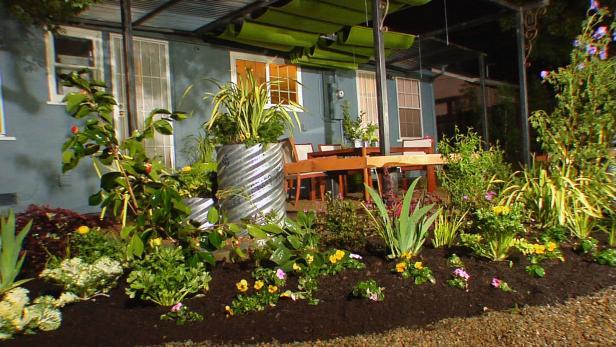Backyard Landscaping Ideas | DIY