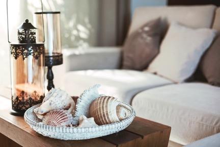 5 Summer Decor Ideas for Your Apartment - Estling Village