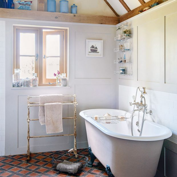 Country bathroom pictures | Ideal Home