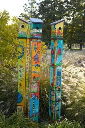 25 Colorful Peace Poles Design Ideas for Your Garden | Peace poles