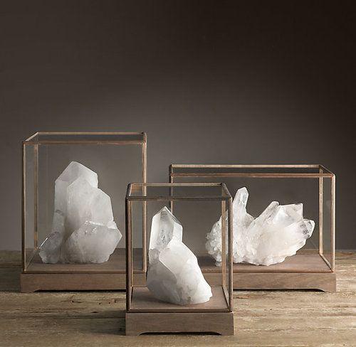 11 Splendid DIY Display Cases Design to Make A Cozy Room | Crystals