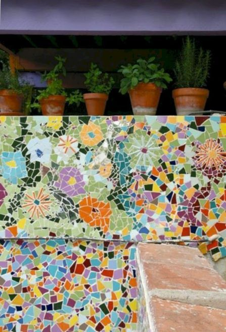 61 Pretty DIY Mosaic Decorations to Inspire Your Own Garden