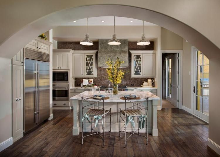 20 Wonderful Examples Of Wood Laminate Flooring For Your Kitchen