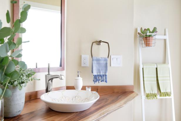 10 Paint Color Ideas for Small Bathrooms | DIY Network Blog: Made +