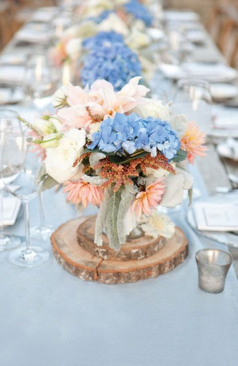 Peach and Blue Wedding Inspiration | Centerpieces | Wedding