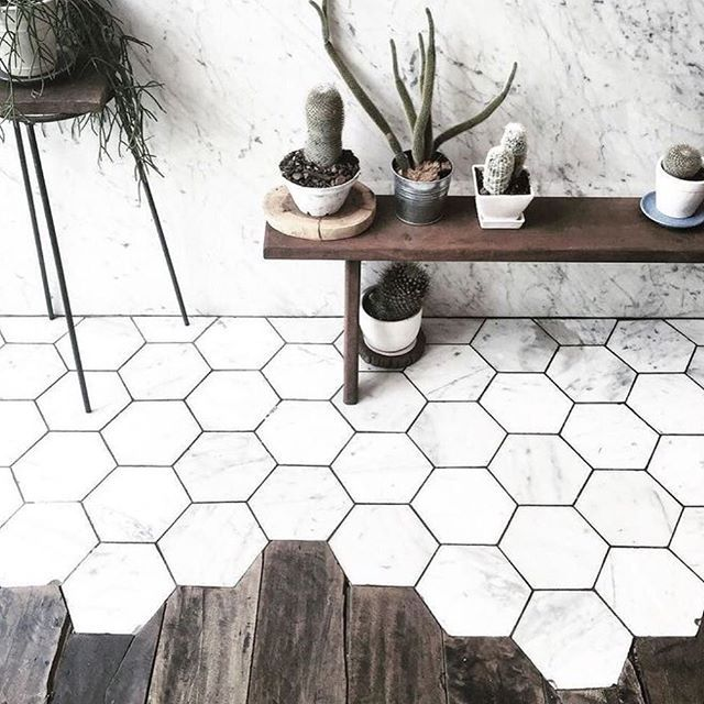 Love the transition between wood and hexagon marble! // design inspo