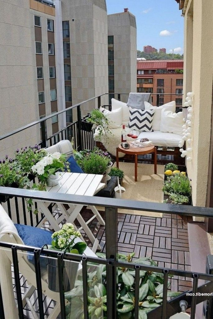 Modern Apartment Balcony Decorating Ideas On A Budget 3