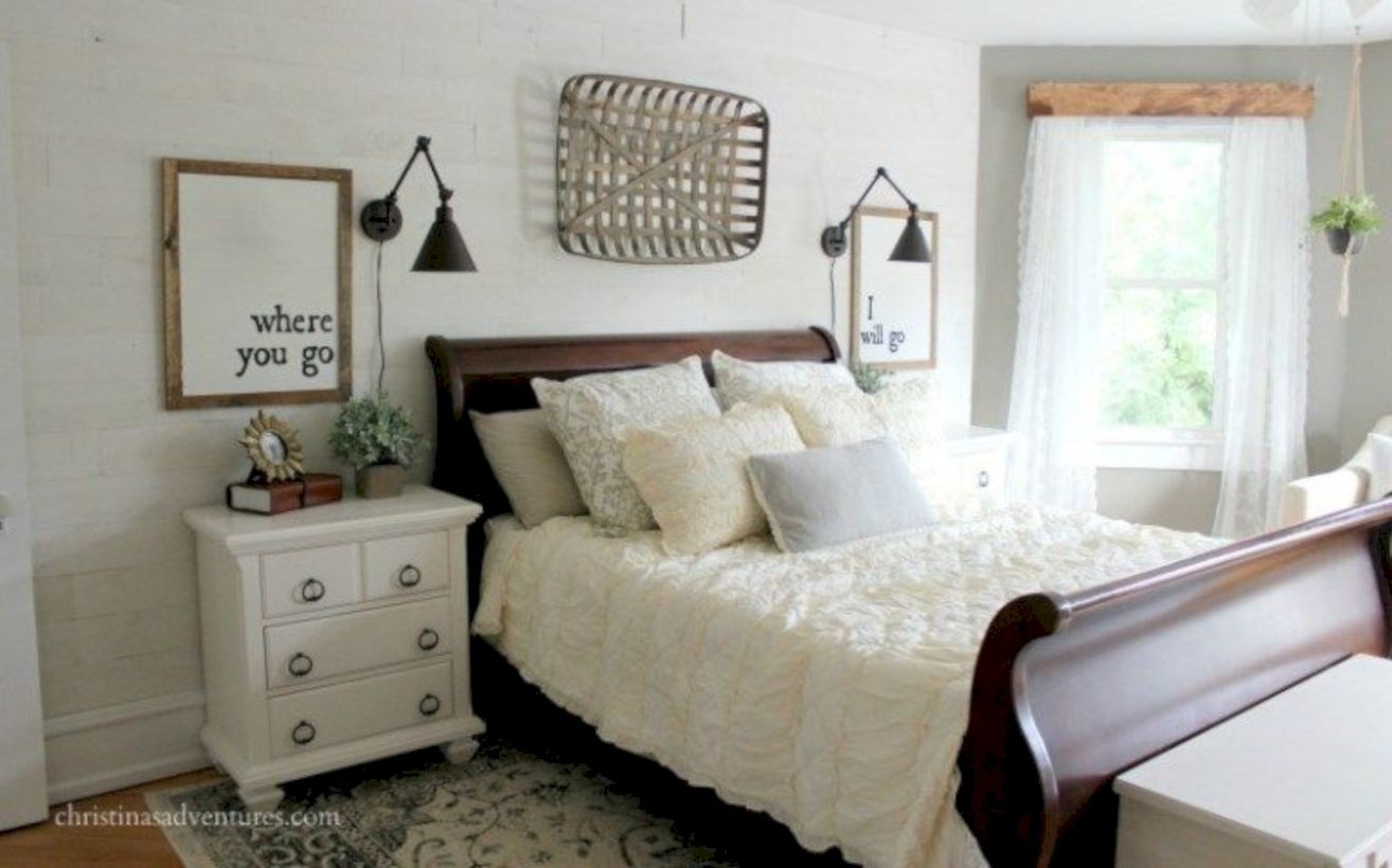 43 Best Modern Farmhouse Bedroom Decor Ideas - GODIYGO.COM