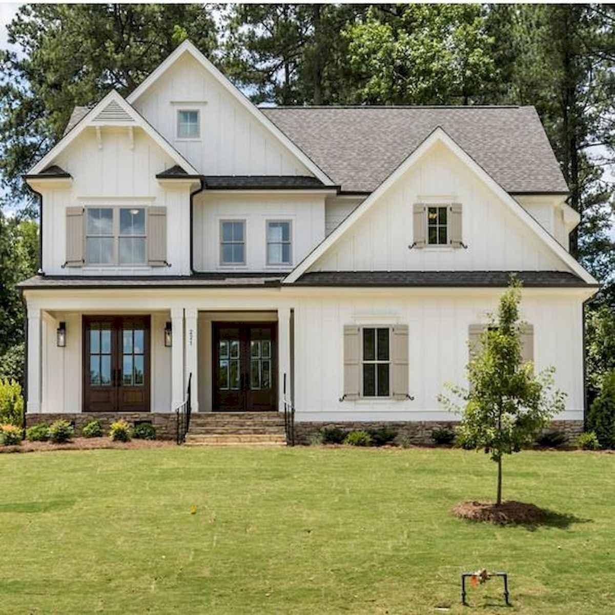 33 Best Modern Farmhouse Exterior Design Ideas - LivingMarch.com