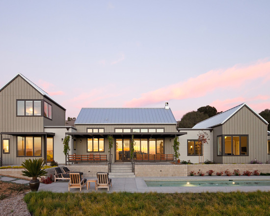 16 Bright and Airy Modern Farmhouse Exterior Design Ideas Surrounded