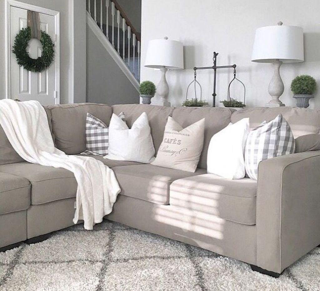 45 Beautiful Modern Farmhouse Living Room Decor Ideas - HOMYFEED