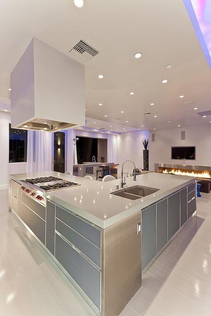 Modern Las Vegas Home 28/30 - Kitchen Island   Older House