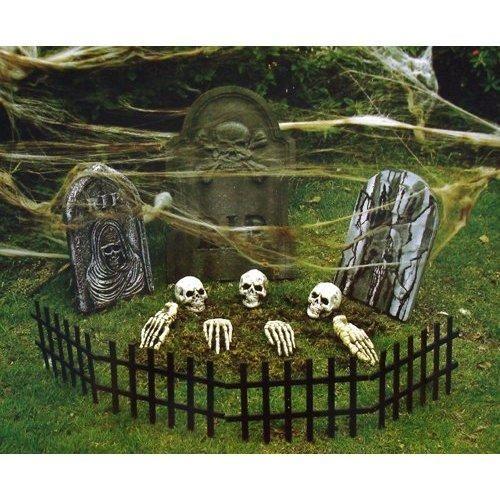 IDEAS & INSPIRATIONS: Indoor/Outdoor Halloween Yard Decoration