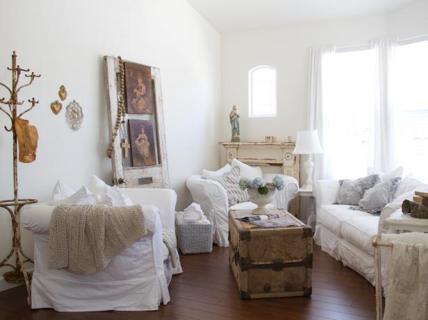 Shabby Chic Living Rooms | HGTV