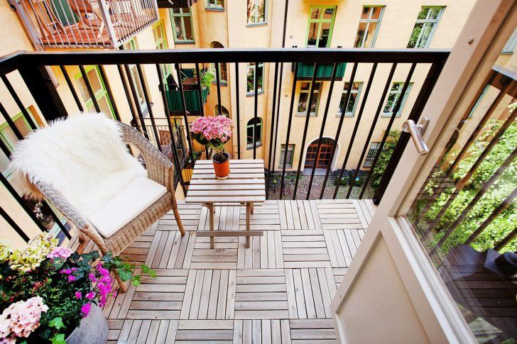 52 Smart Decorating Ideas for Small Balcony
