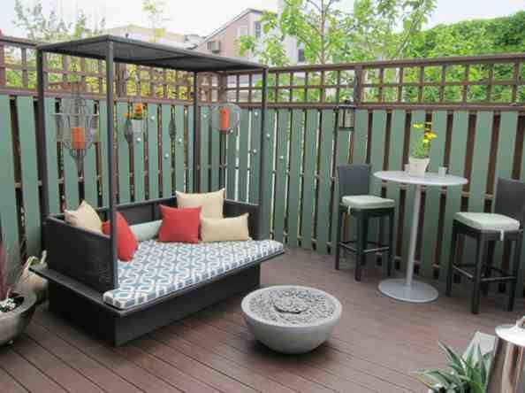 Small Patio Budget Design Ideas 3