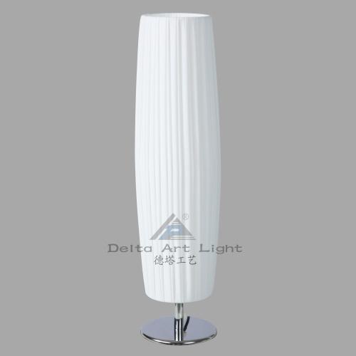 China Modern White Shade Table Lamp for Stylish Decorative (C500023