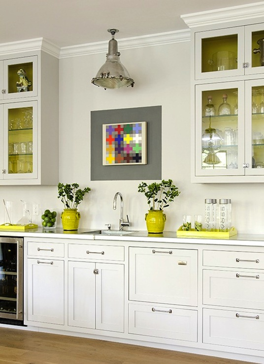 54 White Kitchen With Yellow Accents, The Glam Pad: 25 Classic White
