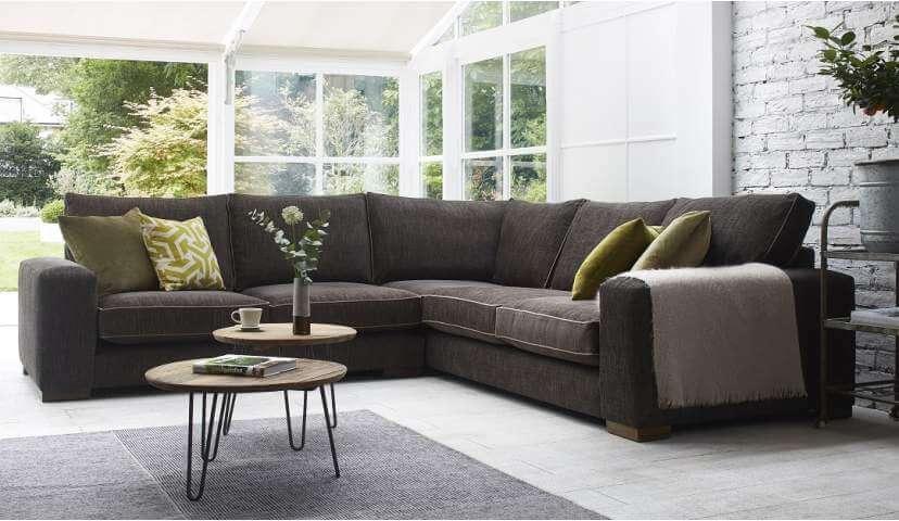 Corner Sofas: Better sitting over corner