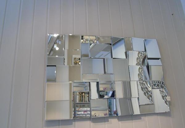 Earthquake Designer Mirror |