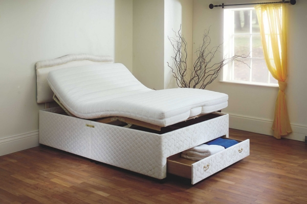 Dorchester Double Adjustable Bed | Laybrook.com