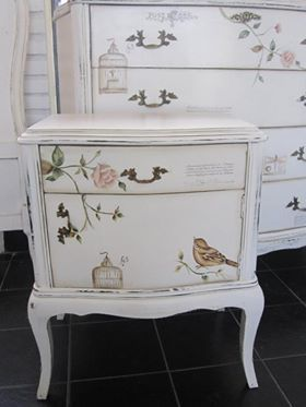 100+ Awesome DIY Shabby Chic Furniture Makeover Ideas in 2018
