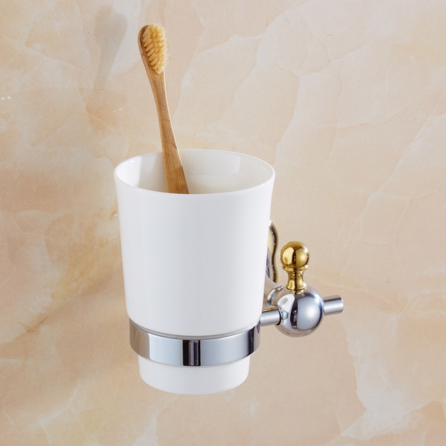 Toothbrush cup – For toothbrushes and mouthwashes