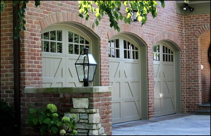 Forest Garage Doors | Chicago Custom Garage Doors | Chicago Custom
