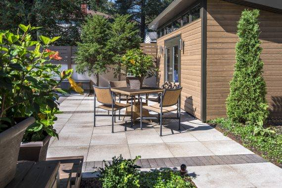 Lay the Perfect Outdoor Dining Area Flooring with Textured Paving