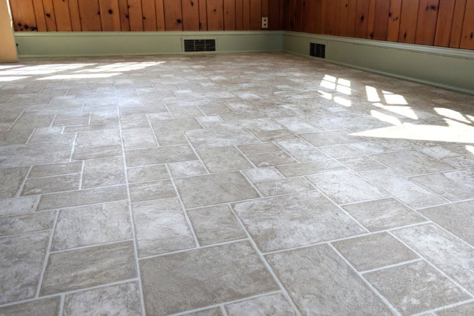 Painting Linoleum Floors THE RIGHT WAY (and what supplies to use)