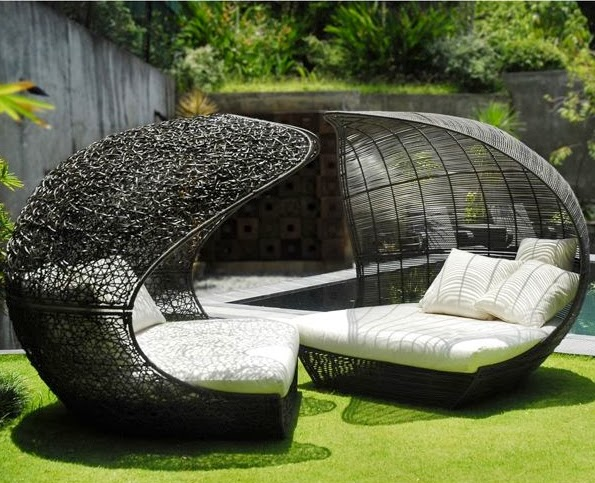Garden Furniture 7