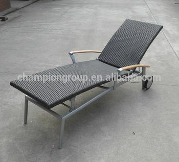 Outdoor Poly Rattan Sun Bed/teak Wood Arm Sun Lounger Garden