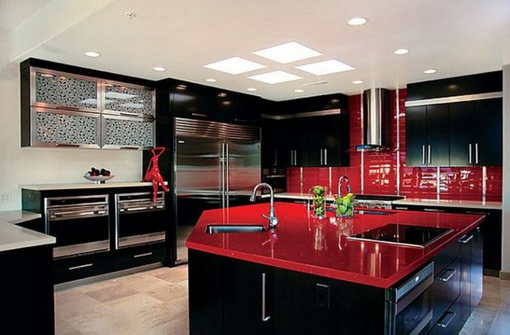 The red kitchen: striking appearance for the modern interior design style