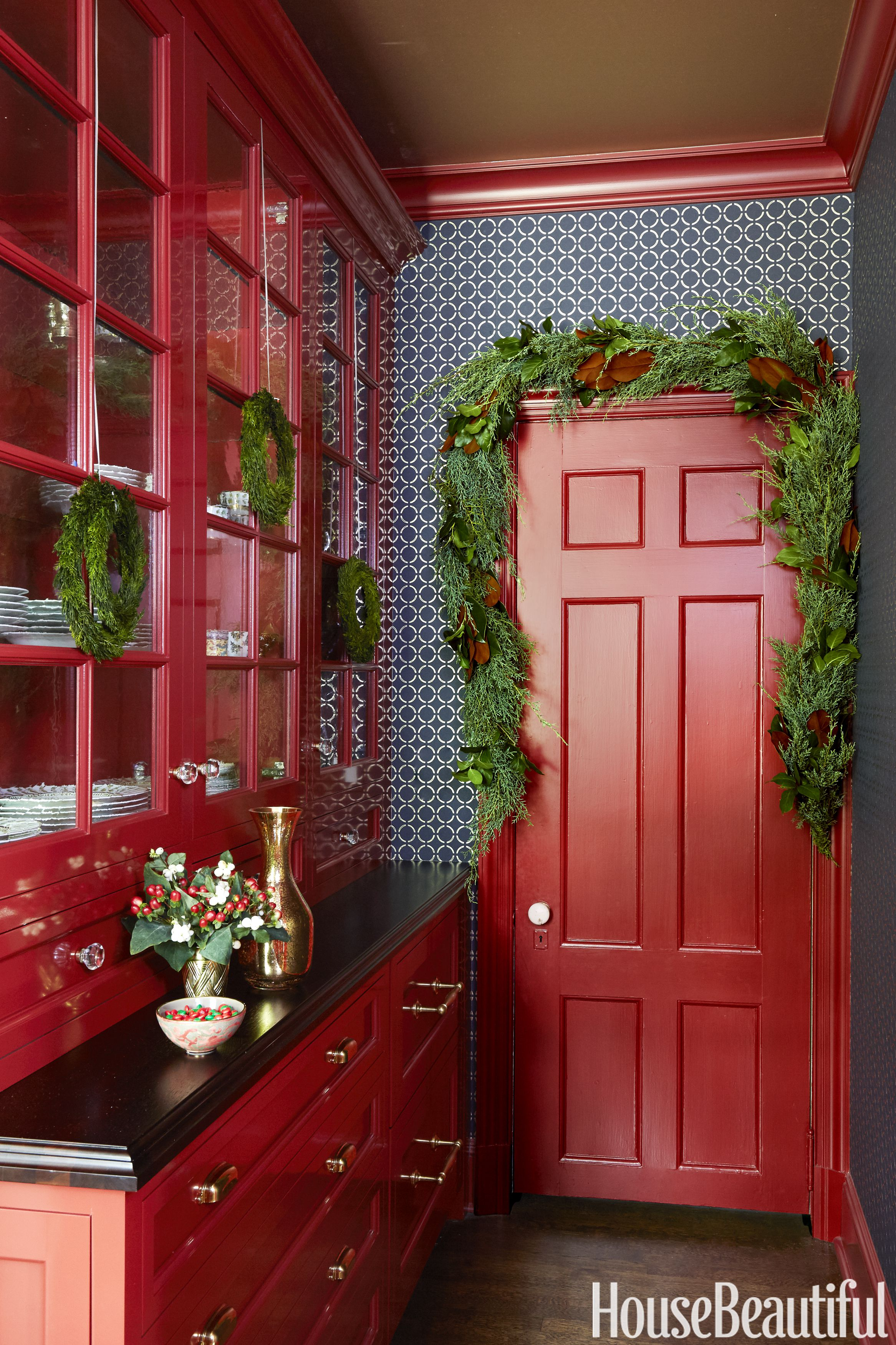 14 Red Kitchen Decor Ideas - Decorating a Red Kitchen