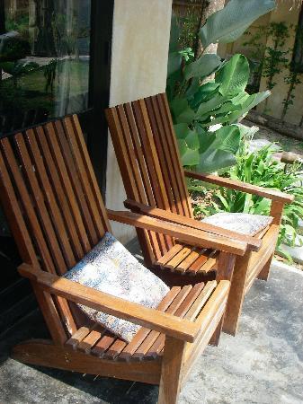 Terrace chairs - Picture of LaLaanta Hideaway Resort, Ko Lanta
